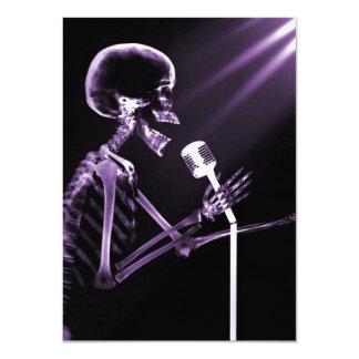 X-RAY VISION SKELETON SINGING ON RETRO MIC PURPLE 11 CM X 16 CM INVITATION CARD