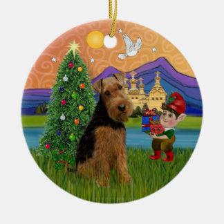 Xmas Fantasy - Welsh Terrier Round Ceramic Decoration