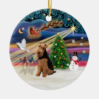Xmas Magic - Welsh Terrier Round Ceramic Decoration