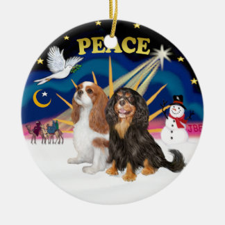 Xmas Sunrise - Two Cavaliers (BL+BT) Round Ceramic Decoration