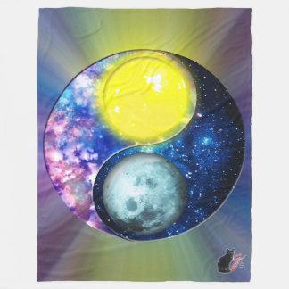 Yang-Yin / Sun-Moon Fleece Blanket