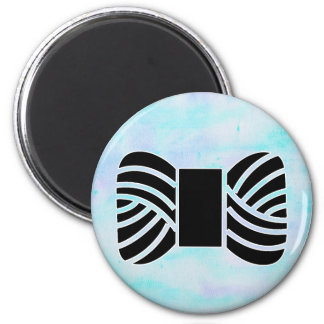 Yarn Skein on watercolor texture • Crafts 6 Cm Round Magnet