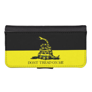 Yellow and Black Gadsden Flag iPhone 5 Wallet Cases