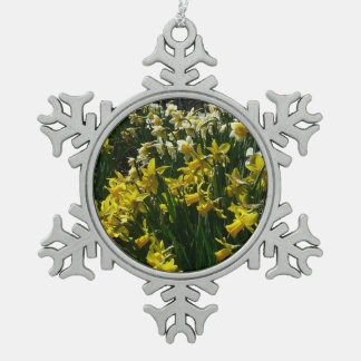 Yellow and White Daffodils Spring Flowers Pewter Snowflake Decoration