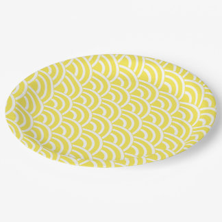 Yellow and white fans 9 inch paper plate
