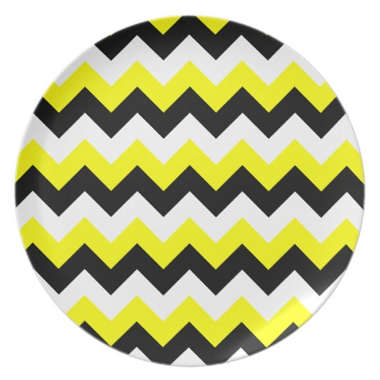 Yellow Black and White Zigzag Plate