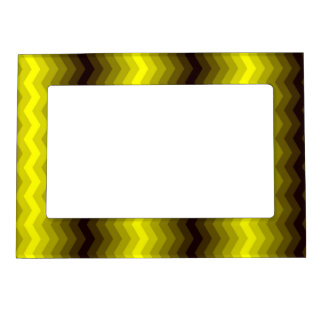 Yellow-brown zigzag frame