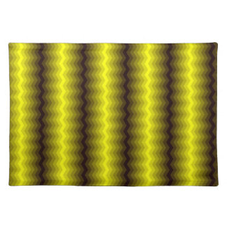Yellow-brown zigzag placemats