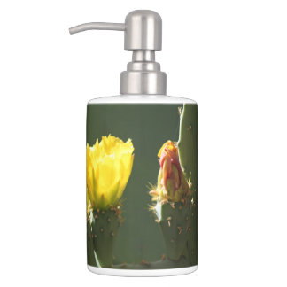 Yellow Cactus Blossom Bath Set