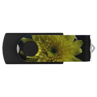 Yellow Chrysanthemums Swivel USB 2.0 Flash Drive