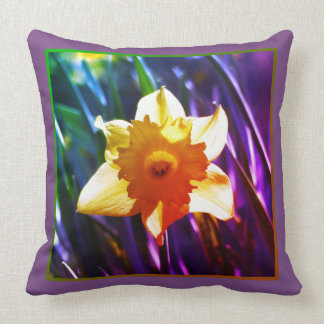 Yellow Daffodil 03.7.2.g.F Cushion