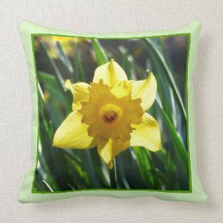 Yellow Daffodil 03.7.g Throw Pillow