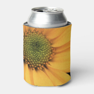 Yellow Daisy Close Up Can Cooler