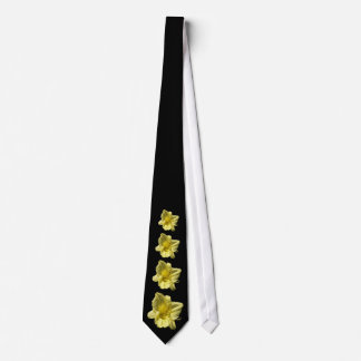 Yellow Daylily Flower Tie