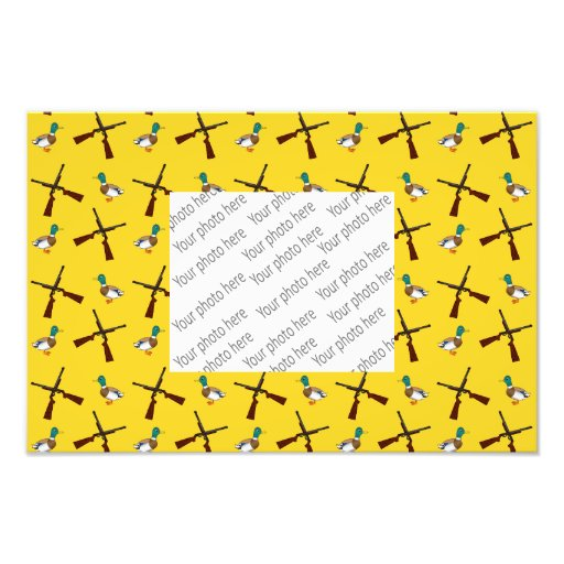 Yellow duck hunting pattern photo