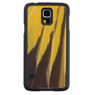 Yellow Fanned Bowerbird Feathers Carved Maple Galaxy S5 Case