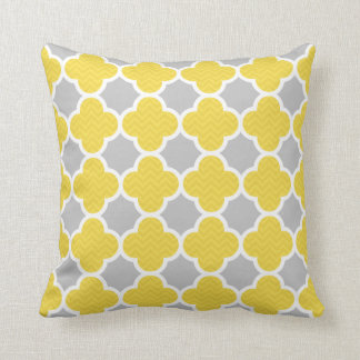 Yellow  & Gray Quatrefoil Geometric Pattern Throw Pillow