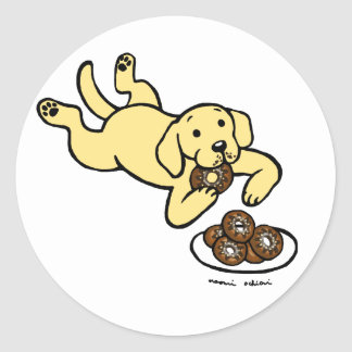 Yellow Labrador and Doughnuts! Classic Round Sticker