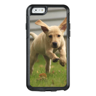 Yellow Labrador Puppies Running OtterBox iPhone 6/6s Case