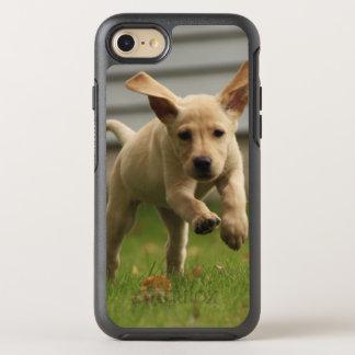 Yellow Labrador Puppies Running OtterBox Symmetry iPhone 8/7 Case