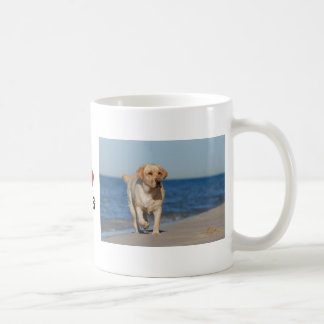 Yellow labrador retriever on the beach basic white mug