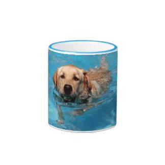 Yellow ladbrador swimming ringer mug