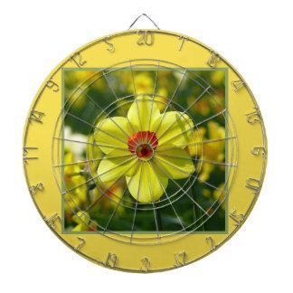 Yellow orange Daffodils 02.1g Dartboard