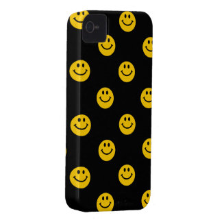 Yellow Smiley Face Pattern on Black iPhone 4 Case-Mate Case