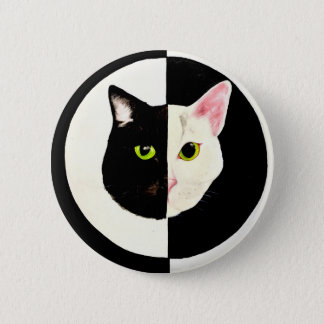 Yin yang black and white cats face 6 cm round badge