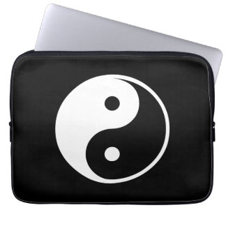 Yin Yang Black and White IllustrationTemplate Laptop Sleeve