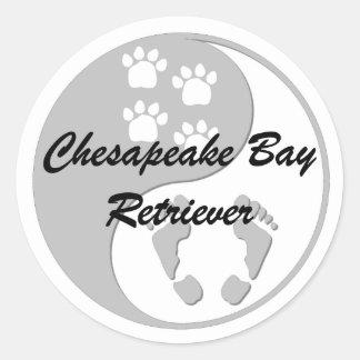 yin yang chesapeake bay retriever round sticker