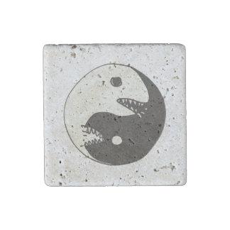 yin yang endless fight stone magnet