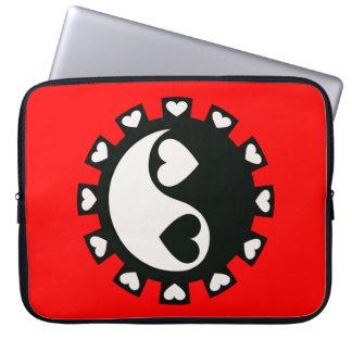 YIN YANG HEARTS BLACK & WHITE Laptop Sleeve