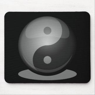 Yin yang mouse mat