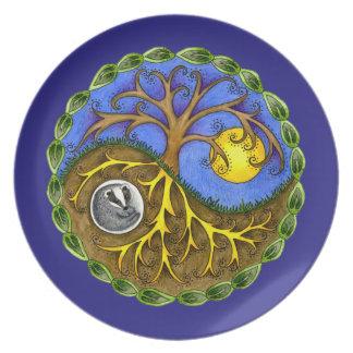 Yin & Yang Tree and Badger Plate