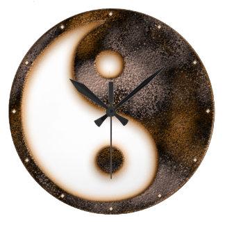 Yin Yang Wallclock