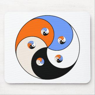 Yin Yang Yong Mousepad
