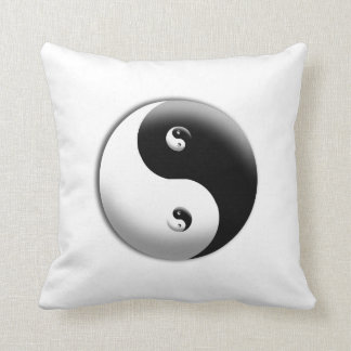 YIN YANGS CUSHION