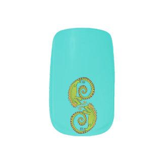Ying Yang Lizard Nail Art