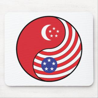 Ying Yang Singapore America Mouse Pad