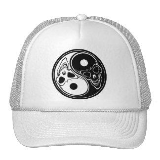 Ying yang skulls cap