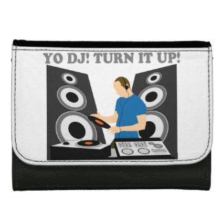 Yo DJ, Turn It Up Wallet