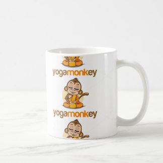 YOGA MONKEY - MONKEY SEE MONKEY DO ! BASIC WHITE MUG
