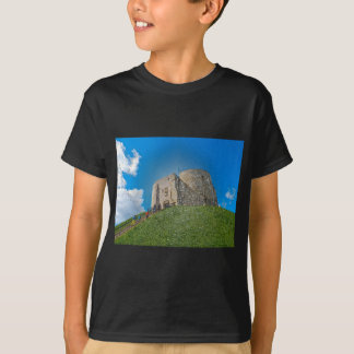 York, Cliffords tower in plastic T-Shirt