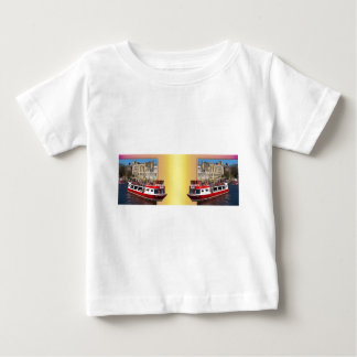 York. The River Cruise double take. T Shirt