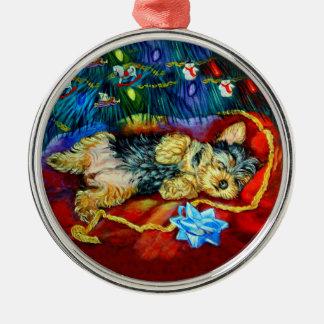 Yorkshire Terrier Premium Round Ornament
