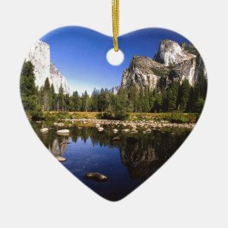 Yosemite California Ceramic Heart Decoration