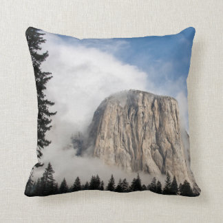 Yosemite Cushion