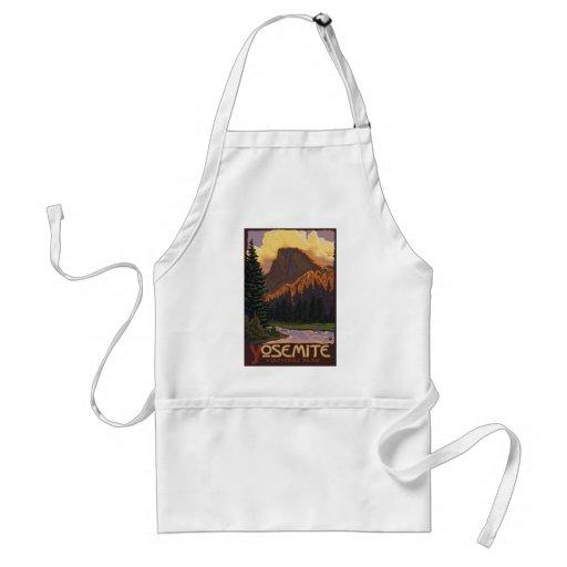 Yosemite National Park - Half Dome - Vintage Apron