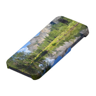 Yosemite Reflection iPhone 5/5S Cover